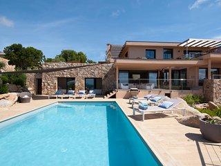 Villa 5 chambres, proche plage