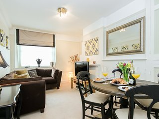Malthouse Apartment in Central Woodstock