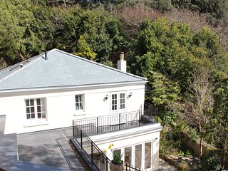 St George's Cottage, Seaside Villa in Torquay.