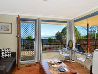ETTALONG WATERFRONT APARTMENT 2