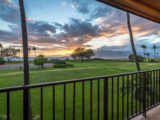 Luxury Beachfront Remodel ★ 180° Views ★ Epic Sunsets at Luana Kai D203