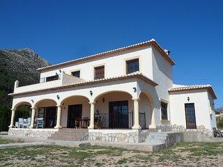 Casa Kiri. Magnificent Holiday Villa. Sleeps 12.