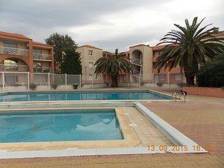 F2 residence securisee europa piscine et tennis