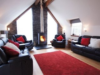 Tyandrish, Killin, large holiday home