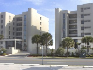 Daytona Beach Package THE TOWERS of Tropic Sun in Ormond Beach, FL Code- GETTAN!