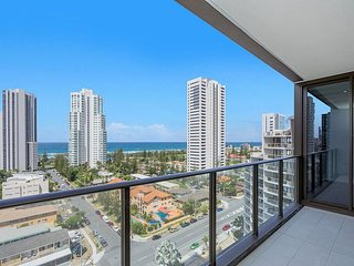 Furnished 2 Bedroom Apartment in the Heart of Broadbeach Walk to Everywhere