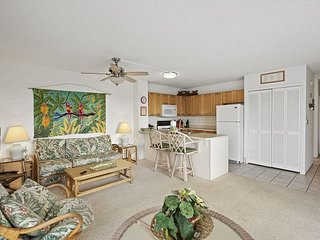 Alii Villas 340 Gorgeous Top floor Condo. Wifi! Great price!