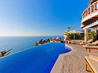 Amazing traditional Villa, come and live the Mexican life style  experience