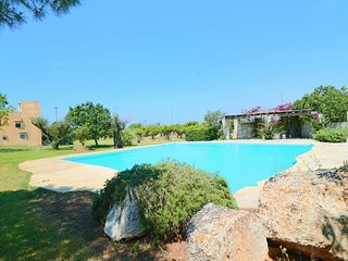 Gallipula holiday home with swimming pool