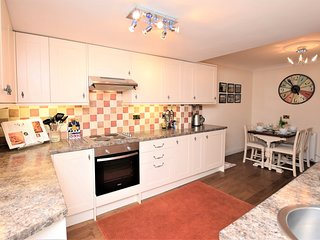 56533 Cottage situated in Winterton-on-sea