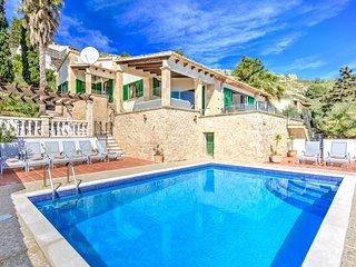 Villa James