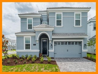Championsgate 209 - modern villa with private pool and game room near Disney