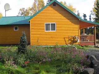 River Rock Lodge - Salmon Cabin