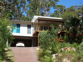 BLUE TONGUE COTTAGE - Elizabeth Beach, NSW