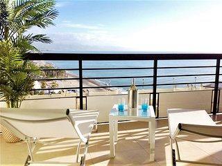 WATERFRONTMALAGA.COM, ST3-Wifi,Garage,Pool,Garden,Air-Con,Parking,TV-SAT,