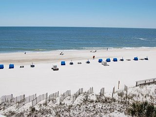 Seaside Beach & Racquet 3505: Beautifully decorated condo with view of beach!
