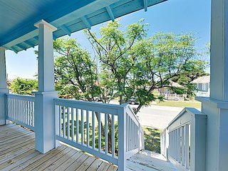 One-Of-A-Kind 4BR w/ Deck & Private Parking - Stroll to the Beach