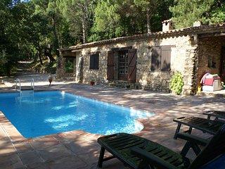 Maison avec piscine pour 5 personnes F120