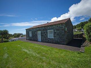Casa da Azalea - Casas do Capelo