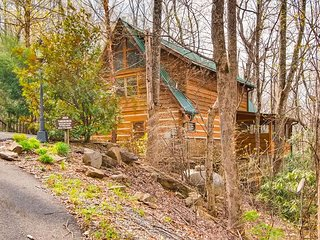 Mountain Streams is a private two bedroom two bathroom log cabin tucked away