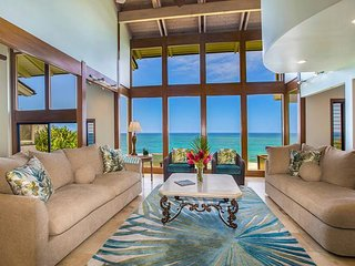 Kaweonui ~ Spectacular Ocean Bluff Home in Princeville!