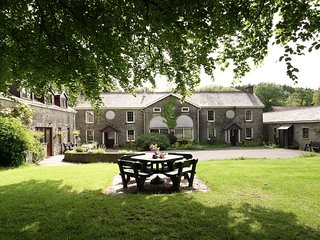 Ty Cerbyd - Holiday Cottages in Wales