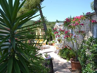 Luxury mobile home on exclusive South Of France south site 10 mins from beaches