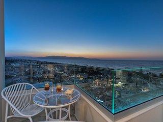 Villa Aenaon/ Luxury, sea view, close to the beach