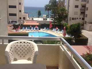 Christine Beach 3br apartment in 100m from the beach