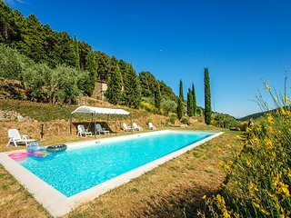 Secluded house with private pool near Pisa-Lucca. Panoramic views!!!
