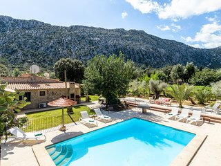 Villa Can Pau with Swimming Pool