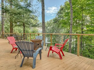Lone Star Retreat # 1 with spectacular lake and mountain views all four seasons!