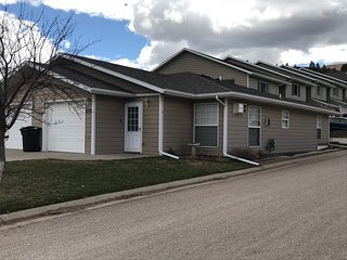 One level, Zero Steps, Clean and Convenient Spearfish Townhome