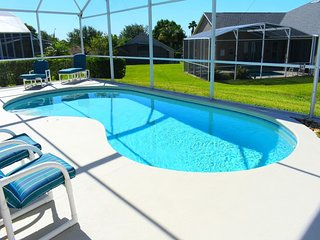 Accommodating 4/3 Pool Home in prestigious Southern Dunes. Golf, dining