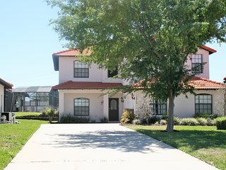 Spacious 5 BR 4 BA Pool /Spa Home Close to Disney