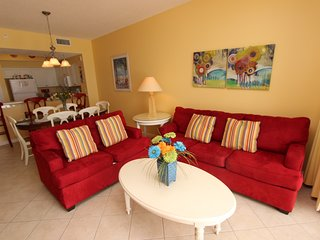 Awesome beach views!! Indoor/outdoor pool, fitness & hottub!! Steps to beach!