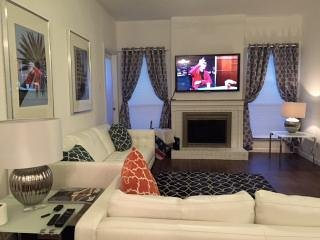 Galleria West 1 Bedroom 2 Bathroom Super clean