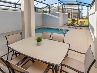Champions Gate Resort - 4BD/3BA Town House - Sleeps 12 - Platinum