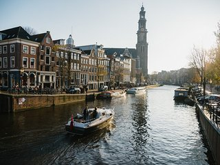 140SQM JORDAAN 3BR APARTMENT-AN EASY WALK TO ANNE FRANK HOUSE & MUSEUM QUARTER