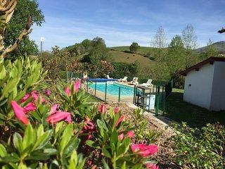 Appartement dans résidence avec piscine - Mer montagne et thermalisme