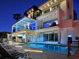 Water's Edge Villa