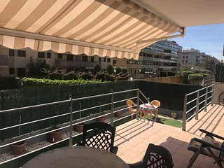 160 - MAS TORRELL II. Apartment with 2 bedrooms, swimming pool and parking.