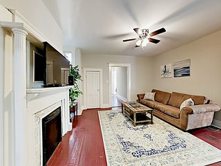Charming 3BR in Historic District - Steps to Forsyth Park, Shopping & Dining