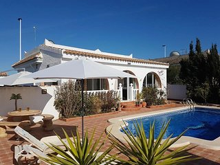 REF B230 Detached Fortuna style villa, 3 bed 1 bath with private pool.  Sector b