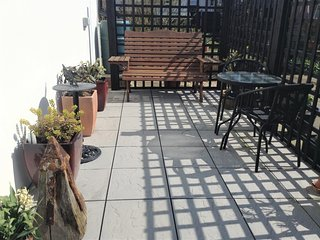 Your seating area, sun trap in the afternoons!