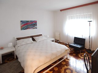 B&B Chip and Chop - Camera con due letti singoli, holiday rental in Crni Kal