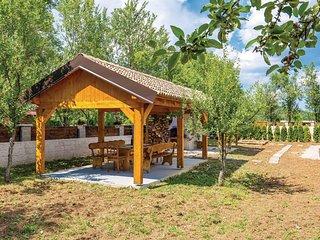 2 bedroom Villa in Raduc, Licko-Senjska Zupanija, Croatia : ref 5545523