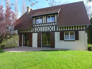 3 bedroom Villa in Villers-sur-Mer, Normandy, France : ref 5035871