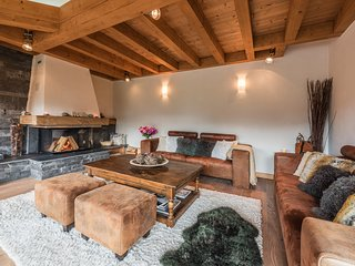 OMAROO I - Luxury chalet with very nice view and hot tub