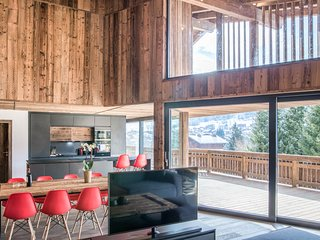 LE ROUGE - Luxury chalet with sauna, hot-tub and cinema room